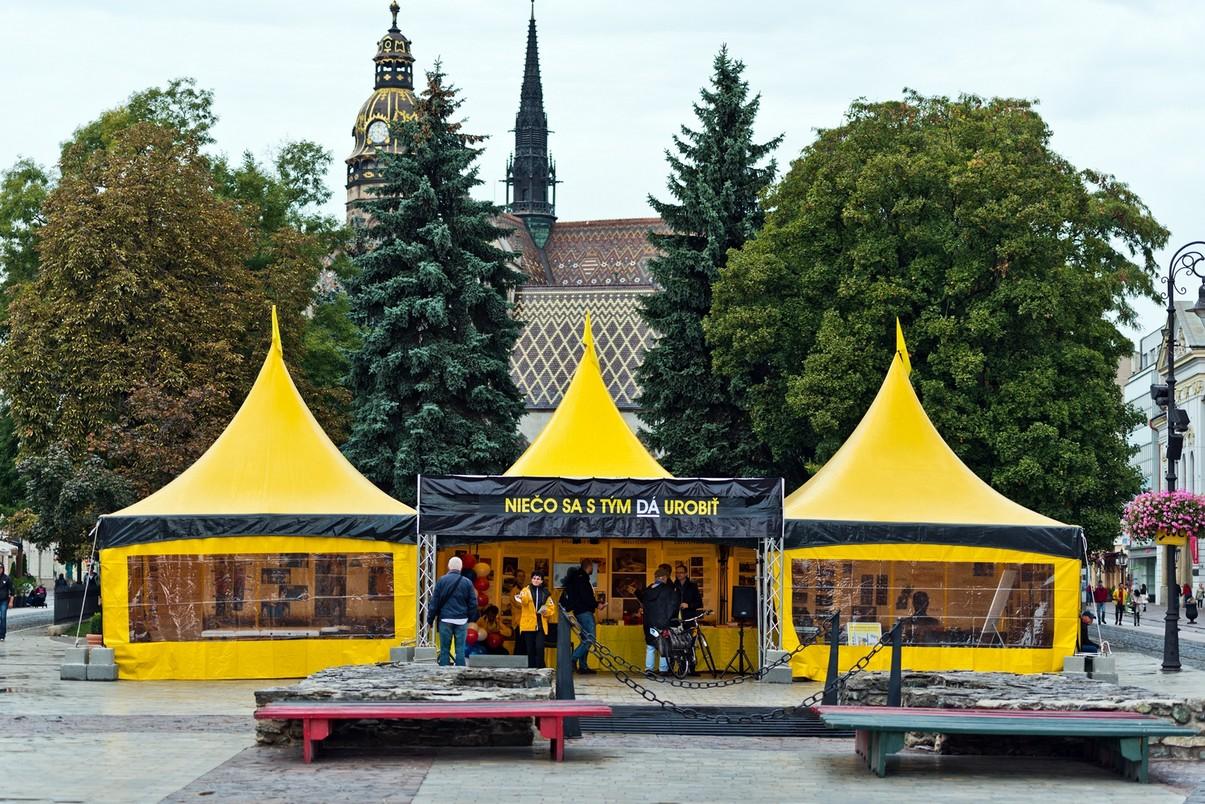 Európske turné žltého stanu pomoci zavíta d - Kam v meste  1e27600bc73